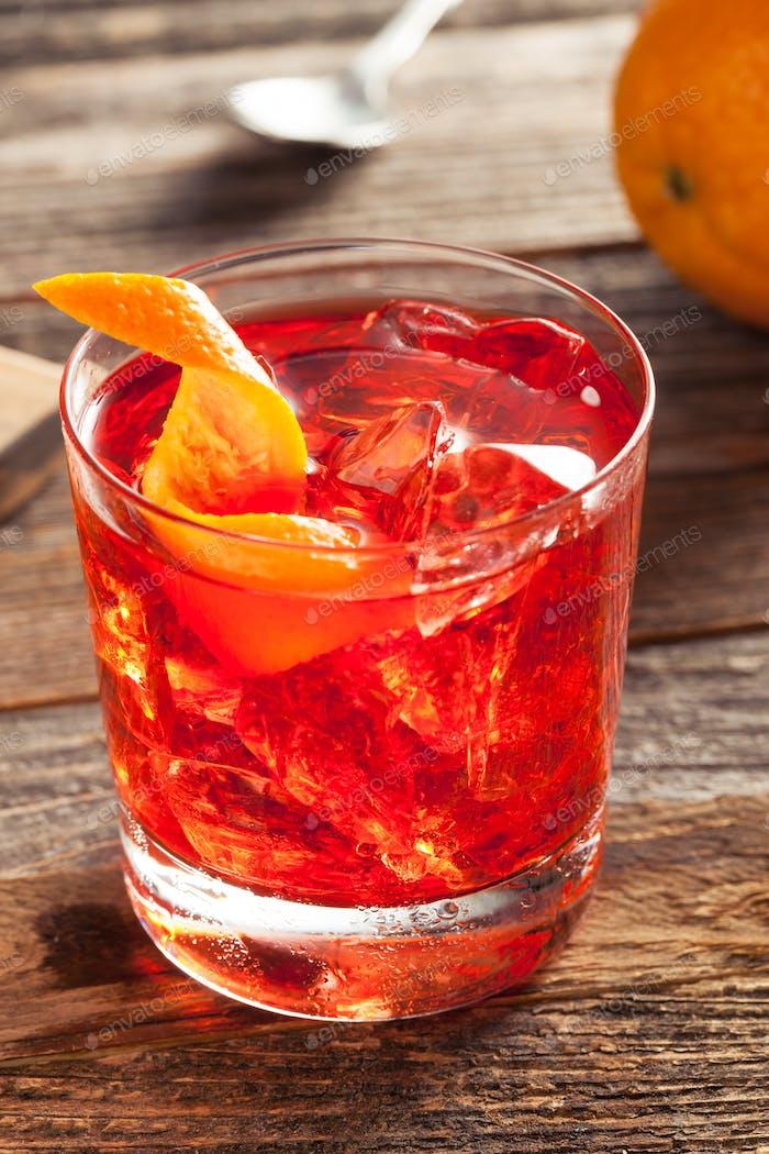 Hausgemachte Boozy Negroni-Cocktail