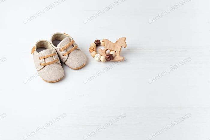 Gender neutral baby shoes and accessories. Organic cnewborn fashion, branding, small business idea
