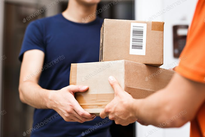 A person wearing an orange T-shirt is delivering parcels to a satisfied client. Friendly worker