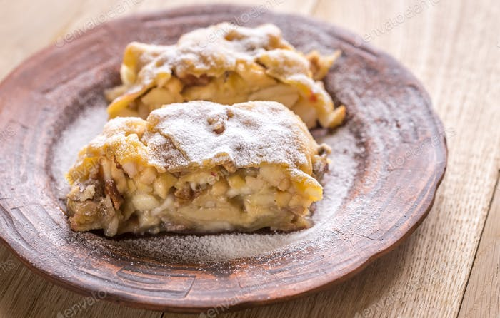 Apple strudel with walnuts