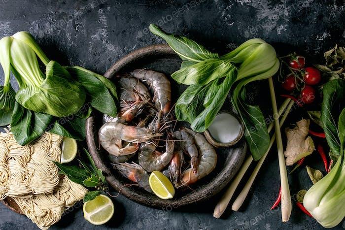 Raw prawns shrimp