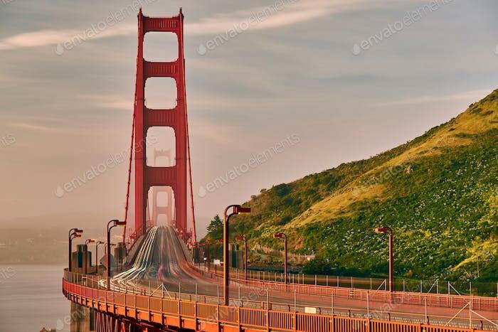 Golden Gate Bridge Blick bei Sonnenaufgang, San Francisco
