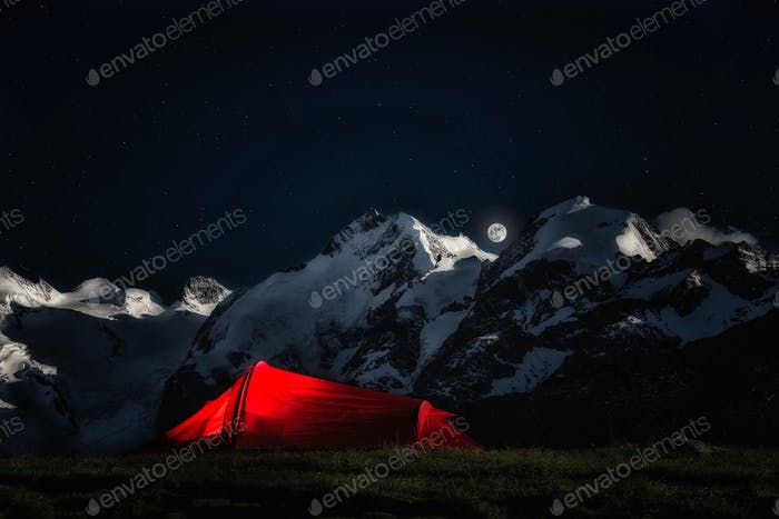 Tent for adventurous climbers.