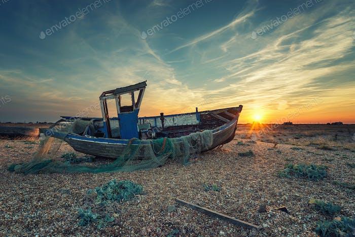 Fischerboote bei Sonnenuntergang