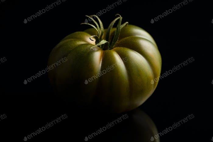 Dark brandywine tomato.