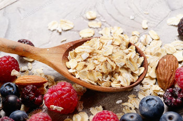 Oats nuts berries