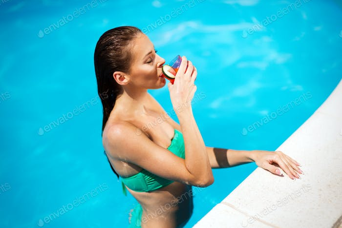 Beautiful woman enjoying summer vacation
