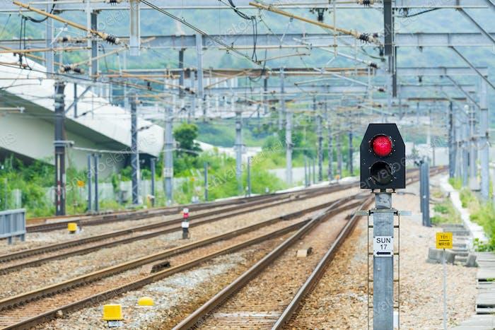 Eisenbahn und Signalleuchte