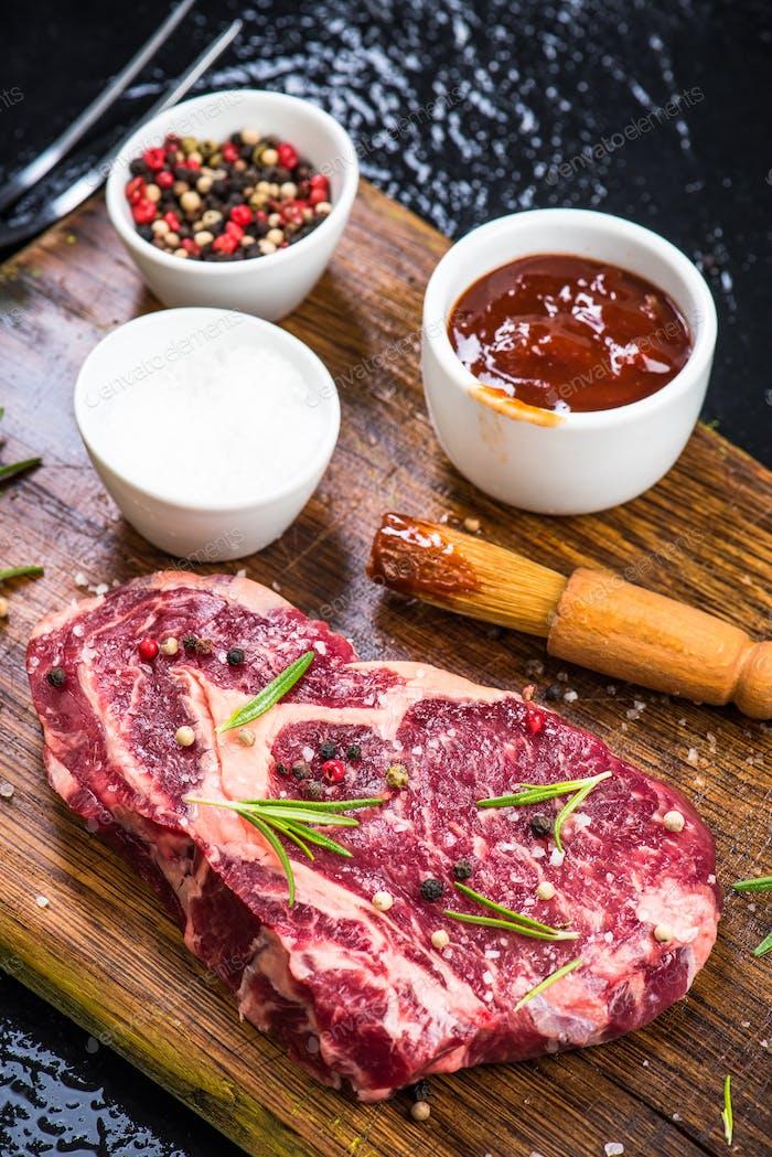Würzen Rindfleisch Steak für Grill