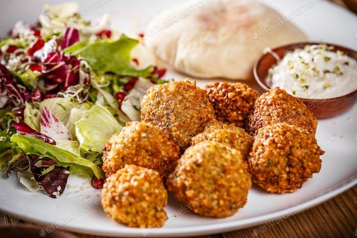 Chickpea falafel balls