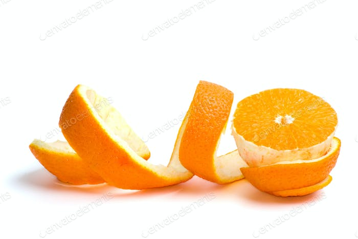 Eine halbe Orange und etwas Peeling