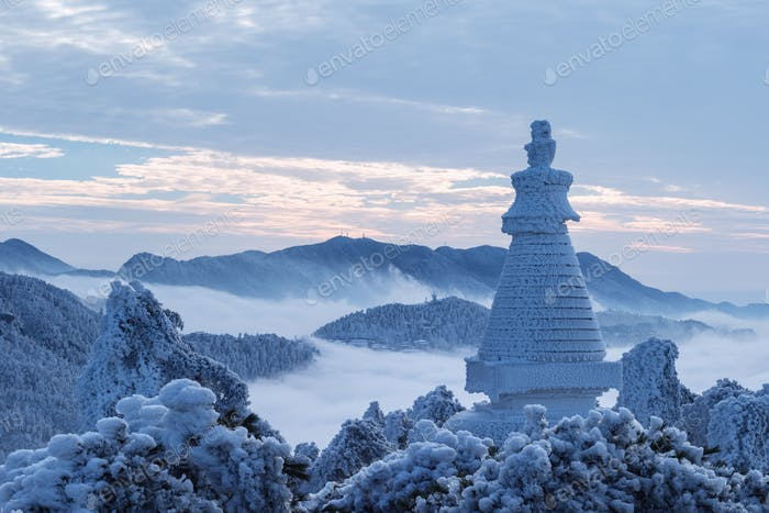 beautiful winter scenery of lushan mountain