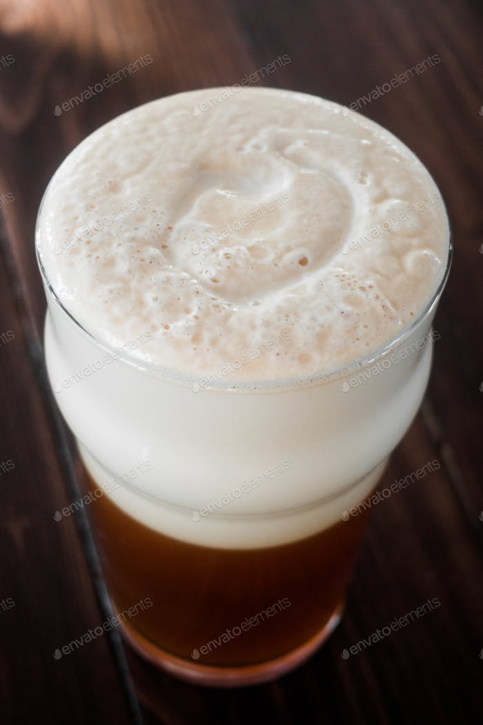 Smooth Unctuous Creamy Home Brew Douple IPA Beer Froth Details