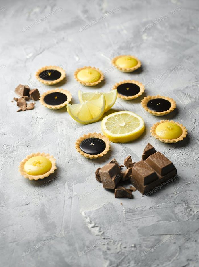 Lemon & Chocolate Tartlets Top