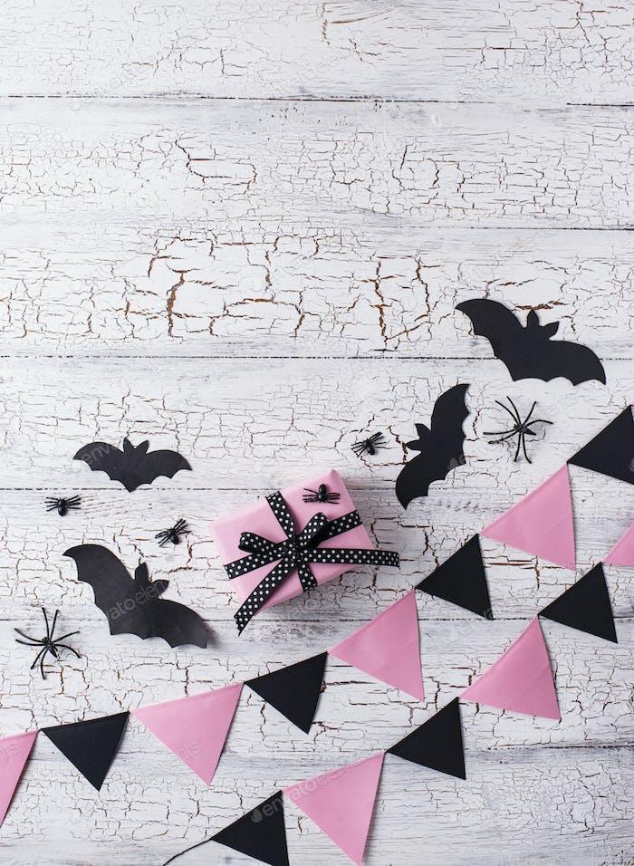 Rosa und Schwarz Dekoration für Halloween
