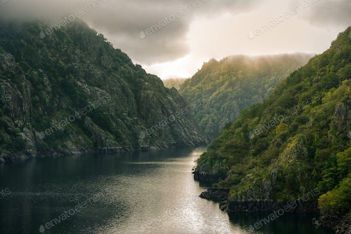 Die Sil Flüsse und die Klippen der Schlucht