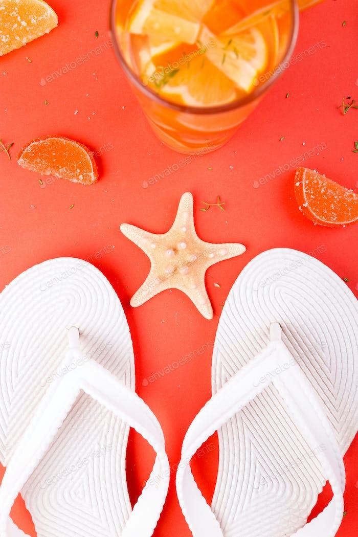 Sommerurlaub. Orangenfrucht-Cocktail