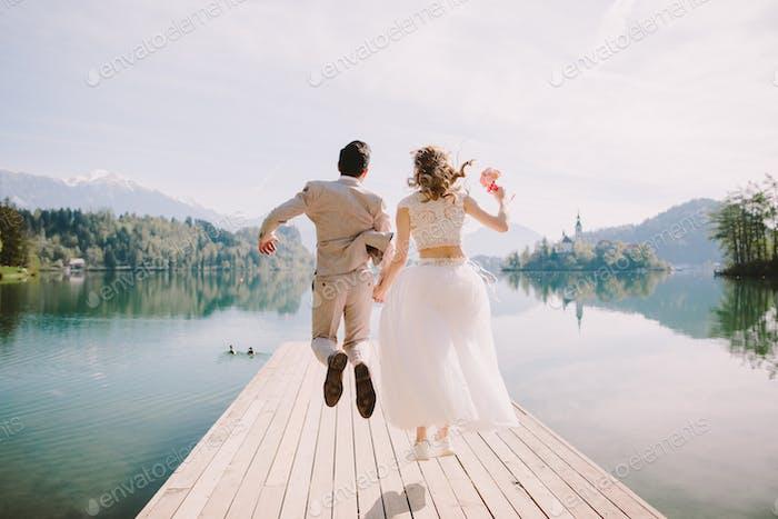 glückliche Flitterwochen Paar Reisen Europa