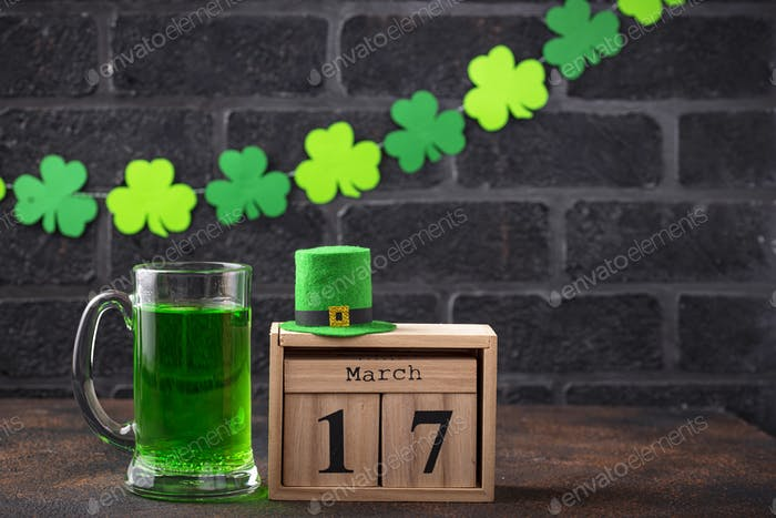 St. Patricks day green beer