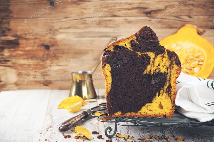 Marble chocolate pumpkin cake