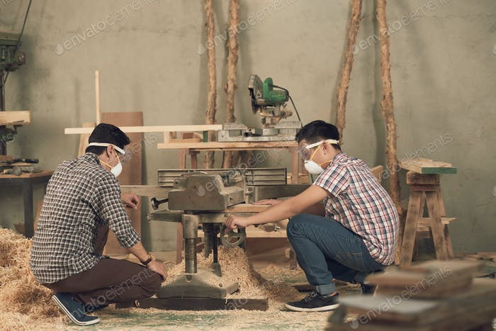 Sawing planks