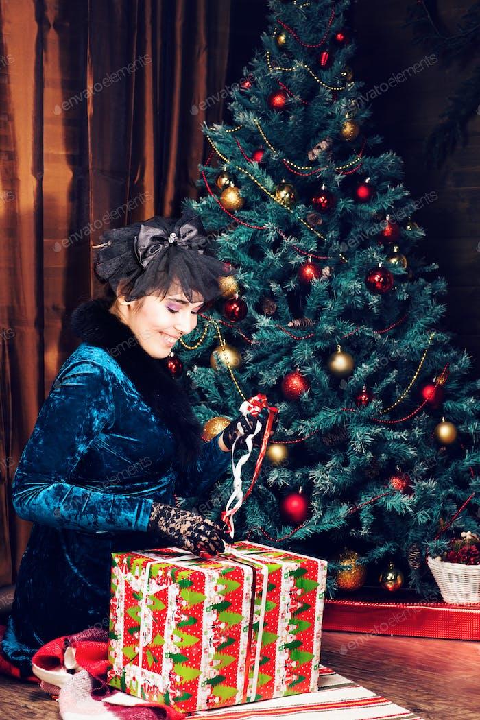 Happy Girl Eröffnung Weihnachtsgeschenk Box