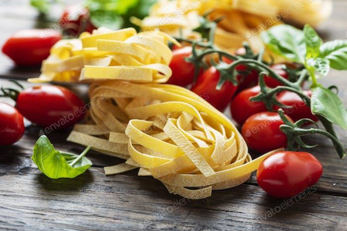 Traditionelle italienische Pasta Fettuccine