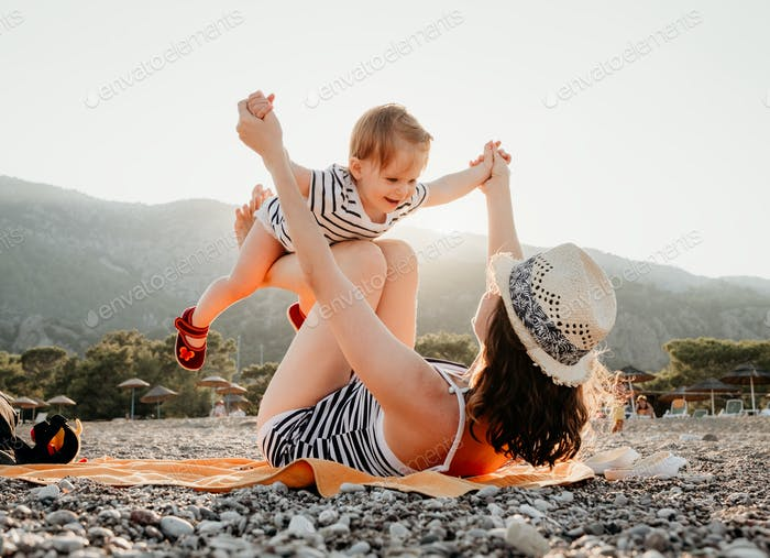 Junge Mutter