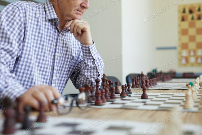 Thinking about chess move
