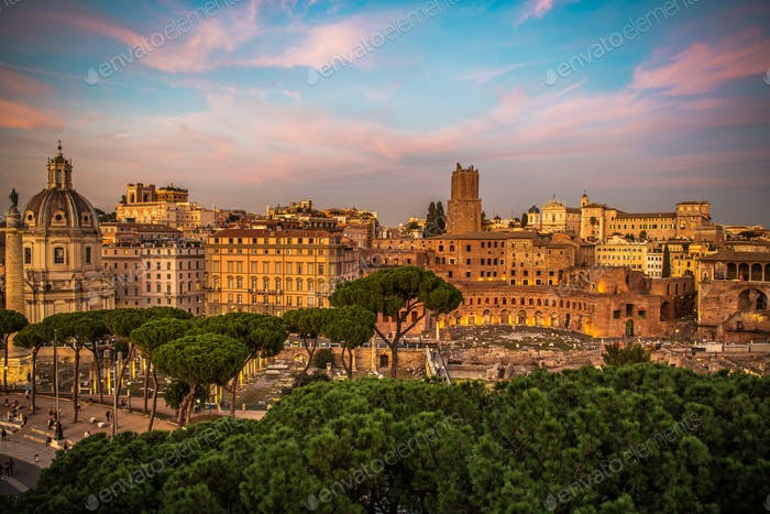 CIty of Rome Scenic Sunset