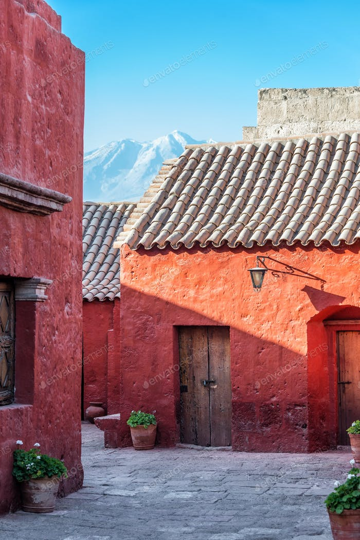 Santa Catalina Monastery and Volcano