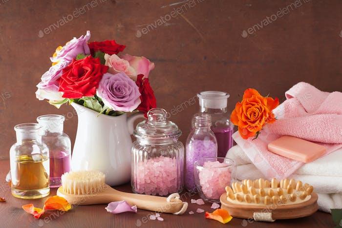 Spa Aromatherapie mit Rosenblüten ätherisches Öl Salz
