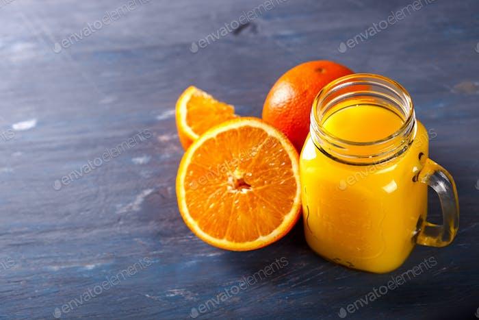 Juice Fresh Orange .Vitamindrink für Immunität gegen das Virus.