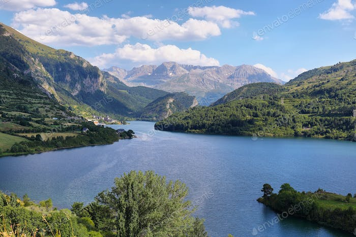 Lanuza Reservoir in Valle de Tena, Spain