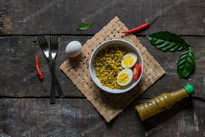 Eggs and spicy noodles