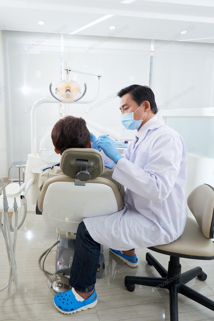 Teeth check-up