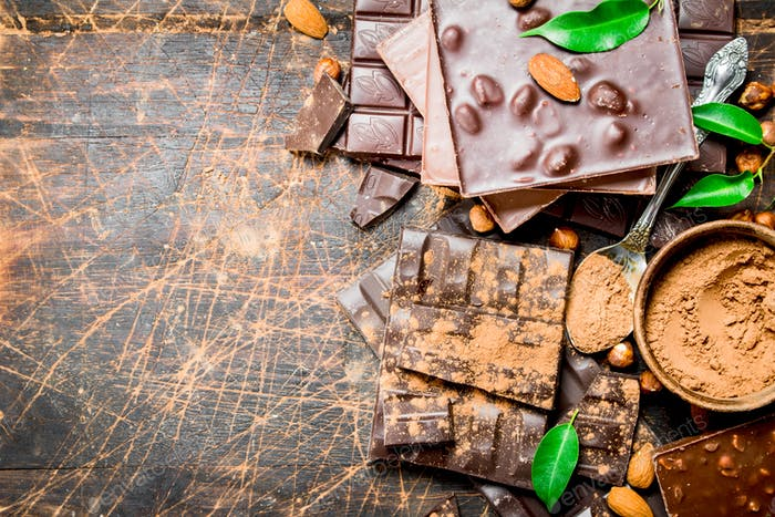 Chocolate pieces with leaves.