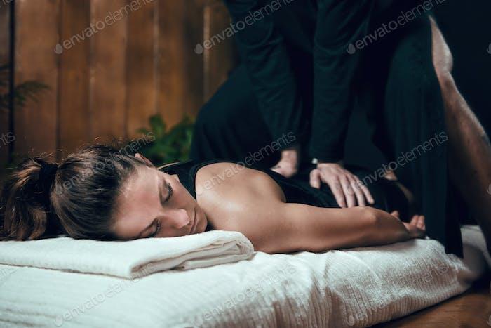 Shiatsu Back Massage