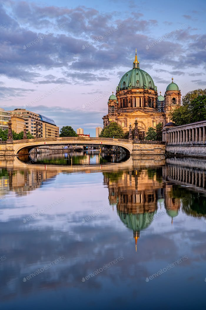 The Berlin Cathedral after sunset