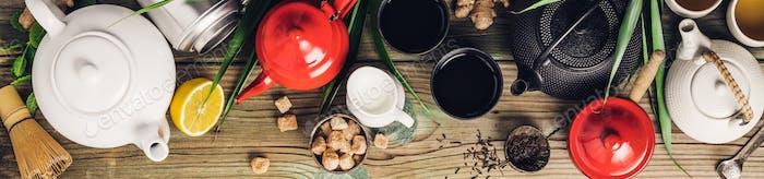 Diverse Teekannen und Teekannen