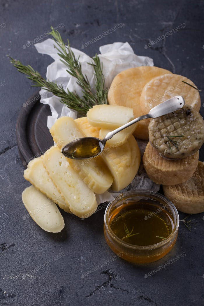 Traditional Alentejo Cheeses