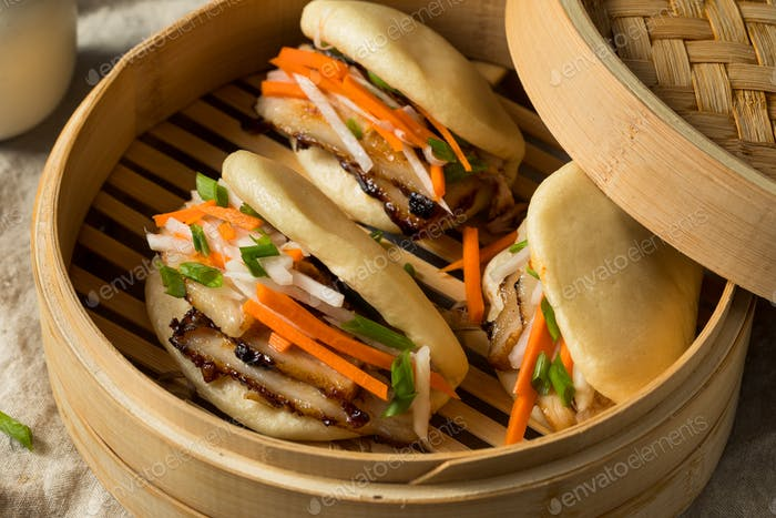 Homemade Steamed Pork Belly Bao Buns