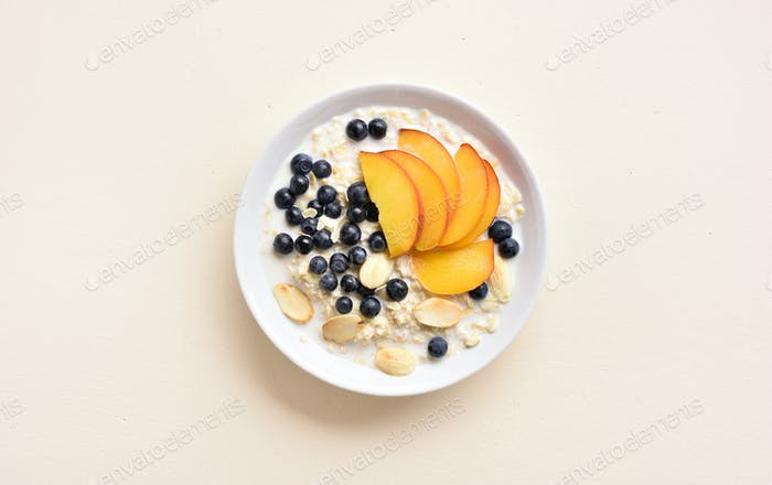 Oats porridge in bowl