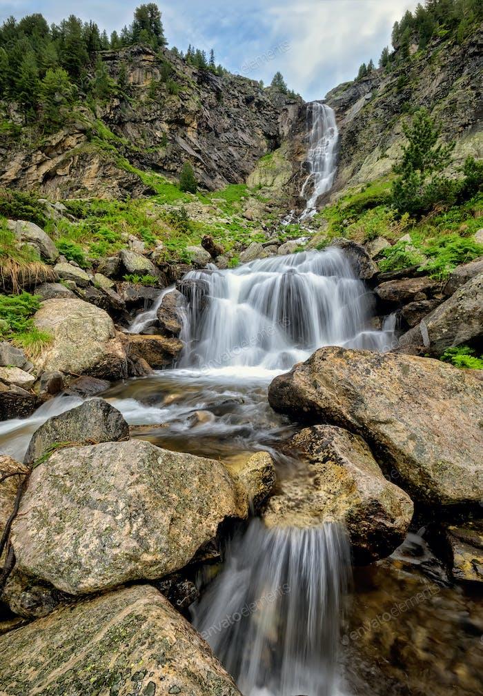 Wasserfall im Rila-Gebirge
