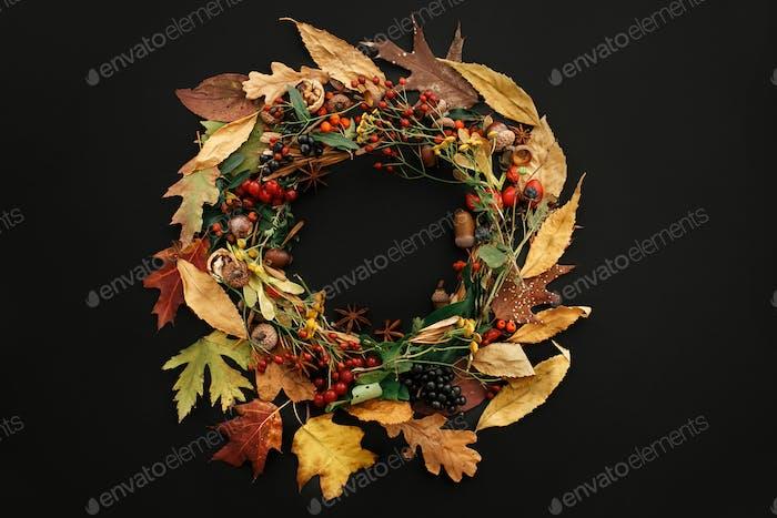 Autumn Wreath Flat Lay. Fall leaves circle