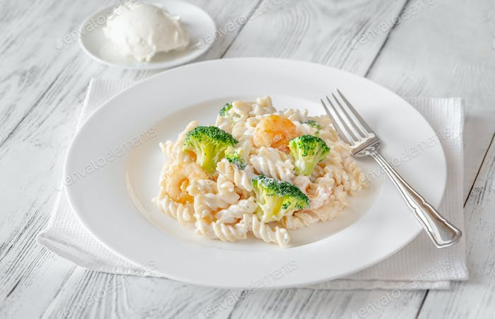 Fusilli with broccoli and shrimps