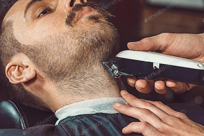 Hipster Kunde beim Friseur
