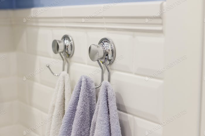 Металлическая липкая вешалка для полотенец для ванной комнаты плиткой стены не требует сверления стены