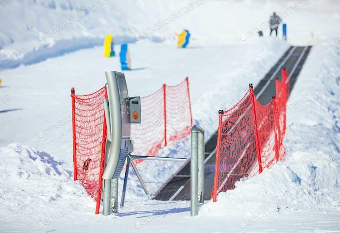 Travelator im Kinderbereich auf dem Skigebiet