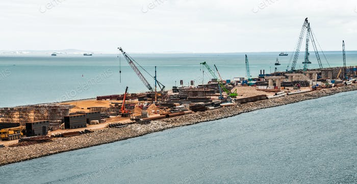 Construction of a bridge across the strait. Krymsky Bridge. The